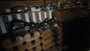 土蔵の中から古道具(滋賀県)